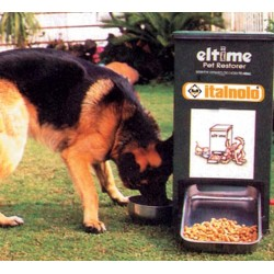Distributore cibo per animali
